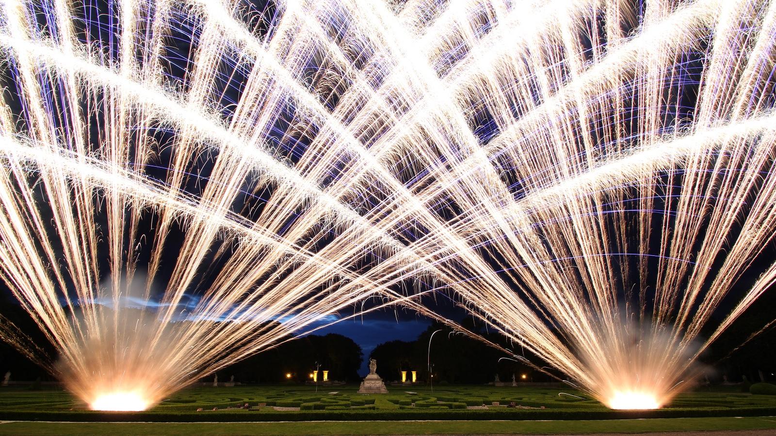 Big Fächer Feuerbändiger Feuerwerk